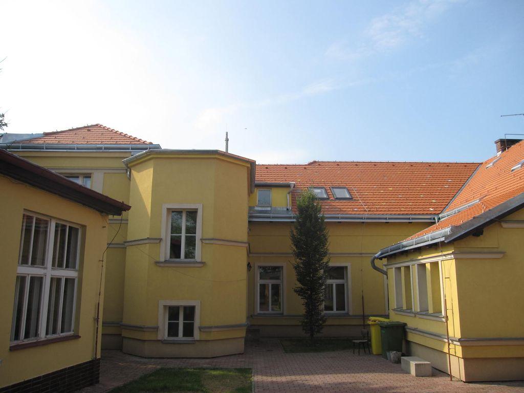 Základní škola Bělohorská Praha - realizace v roce 2010