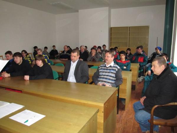 foto - Moravské regionální kolo SOD oboru pokrývač